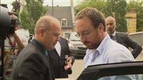 Jonathan Bettez accusé de pornographie juvénile à Trois-Rivières, puis remis en liberté