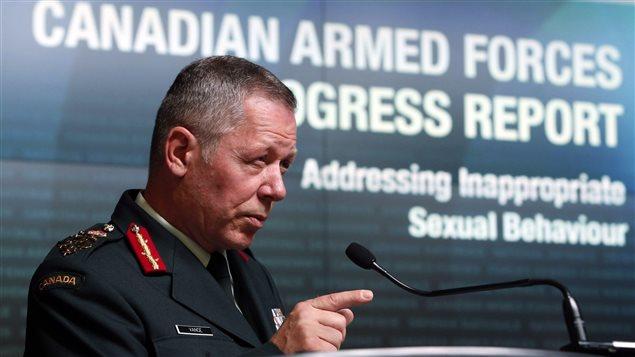 Jonathan Vance, chef d'état-major de la défense au Canada, vante les améliorations effectuées en matière de lutte contre l'inconduite sexuelle dans les forces armées.