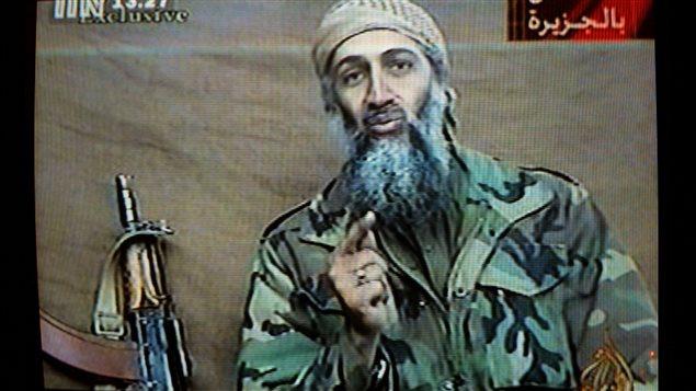Oussama ben Laden dans une vidéo diffusée par Al-Jazeera en décembre 2001