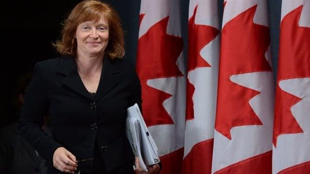 Suzanne Legault est responsable de la loi sur l'accès a l'information.