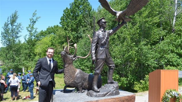 Artist Tyler Fauvelle and his life-size bronze commemorating First Nations WWI hero, Francis Pegamabhabow, unveiled in June of this year