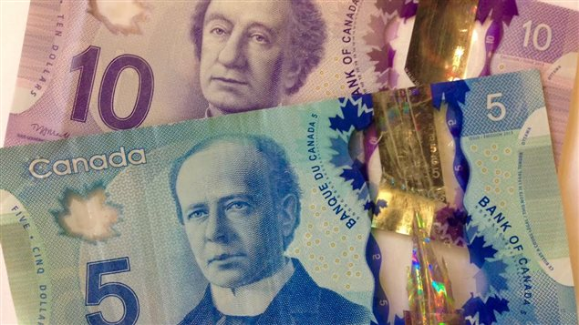 des dollars canadiens