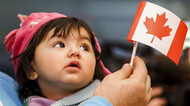 Cada vez menos inmigrantes logran la ciudadanía en Canadá.
