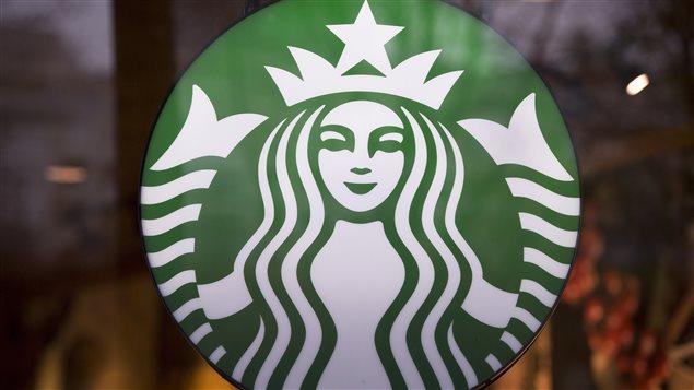 Tienda Starbucks en Vancouver.