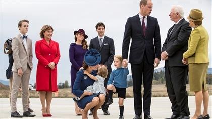 Le Prince William et Kate Middleton entament leur visite au Canada