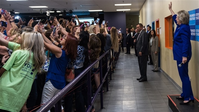 L'egoportrait de masse d'Hillary Clinton, le 21 septembre en Floride