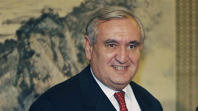 L 39 ancien premier ministre de france jean pierre raffarin for Ministre francais