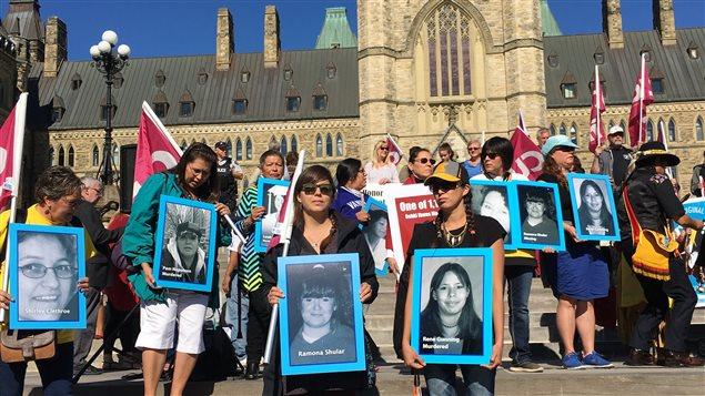 Une manifestation pour rappeler le nombre important de cas de disparition non résolue de femmes autochtones