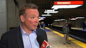 Le président de la Société de transport à Montréal, Philippe Schnobb