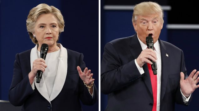 Hillary Clinton (gauche) et Donald Trump (droite), lors du second débat
