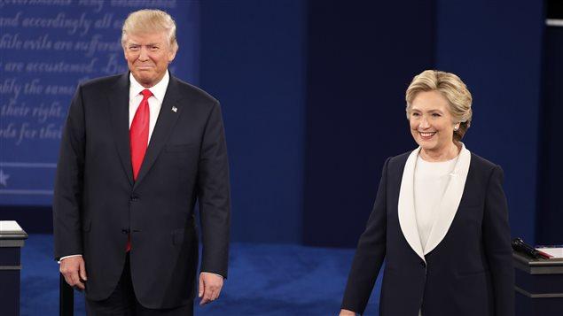 Donald Trump (gauche) et Hillary Clinton (droite) se sont affront�s lors d'un second d�bat.