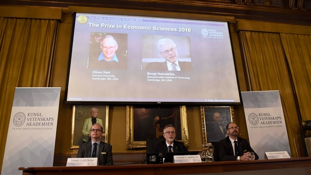 Le prix Nobel d'économie remis à Oliver Hart et Bengt Holmström