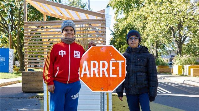 Adam El Idrissi e Fayçal Benlakehal dans le corridor vert de Montréal-Nord