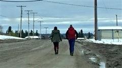 Les communautés de Stanley Mission et La Ronge sont en deuil, après le suicide de trois adolescentes en moins d'une semaine.