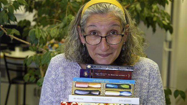 La chroniqueuse Madeleine Ross, de Bonjour la Côte à Radio-Canada Côte-Nord et ses livres