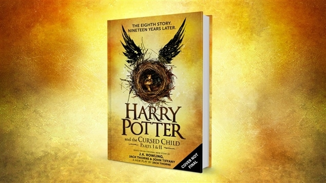 La page couverture du livre « Harry Potter et l'enfant maudit » (Harry Potter and the cursed child)