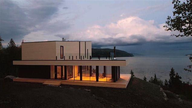La Grande Boudeuse, une maison de Baie-Saint-Paul sign�e Pierre Thibault
