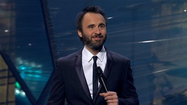 Louis-José Houde anime le Gala de l'ADISQ 2015.