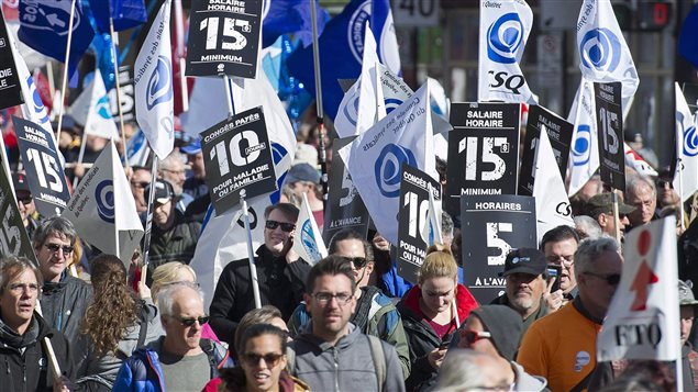 Manifestación en favor de un salario mínimo de $15 dólares la hora en Montreal el 15 de octubre pasado.