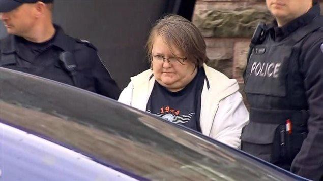 Elizabeth Tracey Mae Wettlaufer a comparu mardi matin et elle demeure en détention.Photo: Citynews Toronto / La Presse canadienne
