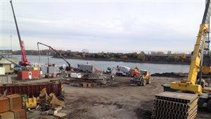 Travaux de reconstruction de la gare maritime au quai Alexandra du port de Montréal en octobre dernier.