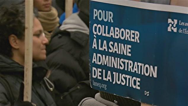 Les avocats et notaires de l'État québécois ont manifesté pendant plusieurs jours à Québec.