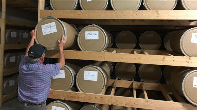 Bob Degabrielle, dans un entrepôt de la ferme de marijuana Los Sueños dans le comté de Pueblo, au Colorado.