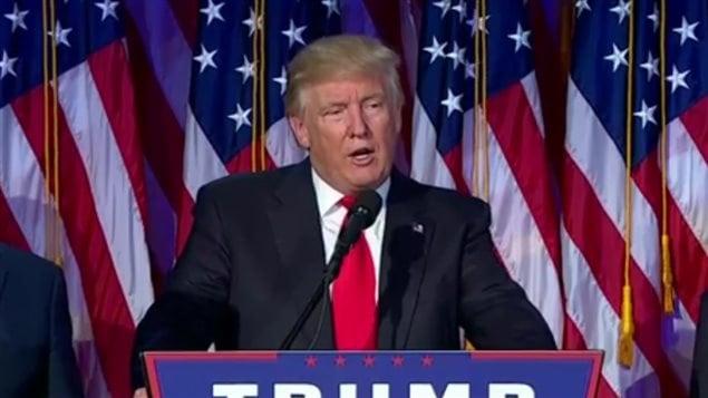 Donald Trump lors de ce son discours de victoire devant les partisans rassemblés au quartier général des républicains.