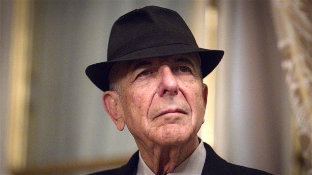 Le chanteur Leonard Cohen