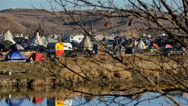 Des centaines de manifestants opposés au pipeline Dakota Access ont établi un campement à Cannon Ball, sur la réserve de Standing Rock.