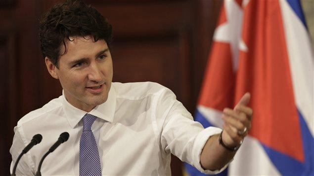 رئيس الحكومة الكندية جوستان ترودو مخاطباً طلاب جامعة هافانا اليوم في إطار زيارته الرسمية إلى كوبا.