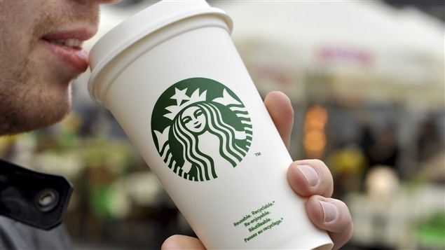 La chaîne Starbucks est au nombre des entreprises qui s'impliquent pour promouvoir la tolérance.