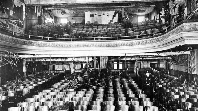 Les traces laissées par l'incendie du Laurier Palace le 9 janvier 1927