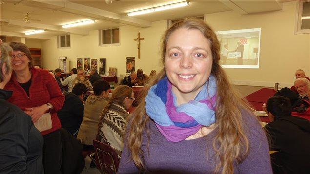 La trésorière de la coalition anti-pauvreté au Yukon, Julie Ménard.