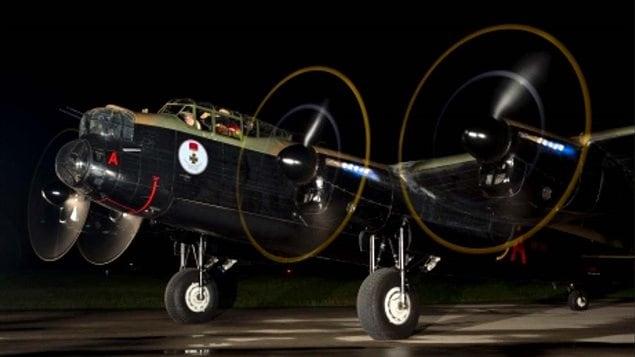 Lancaster VR-RA (Vera) full engine nightime run.