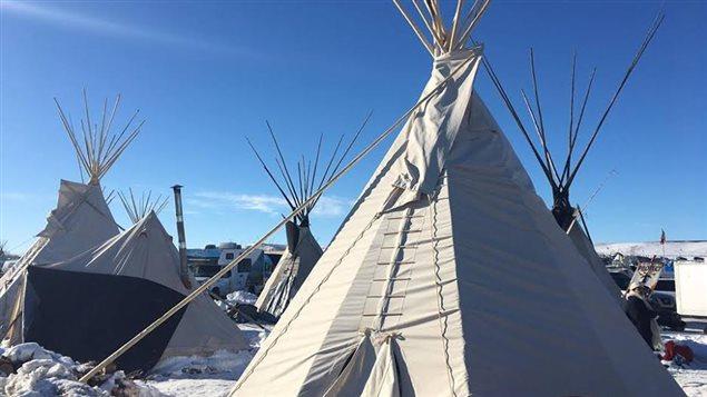 Campement des autochtones au Dakota