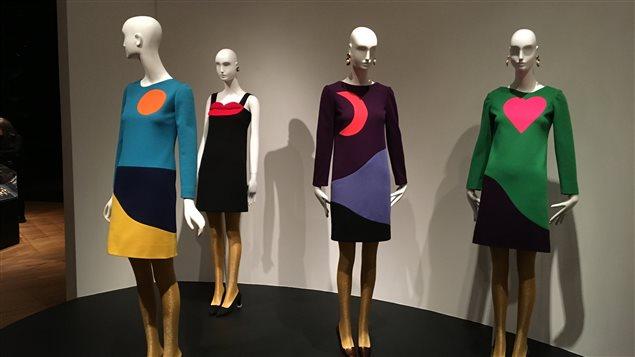 Exposition du grand couturier Yves Saint-Laurent, au Seattle Art Museum