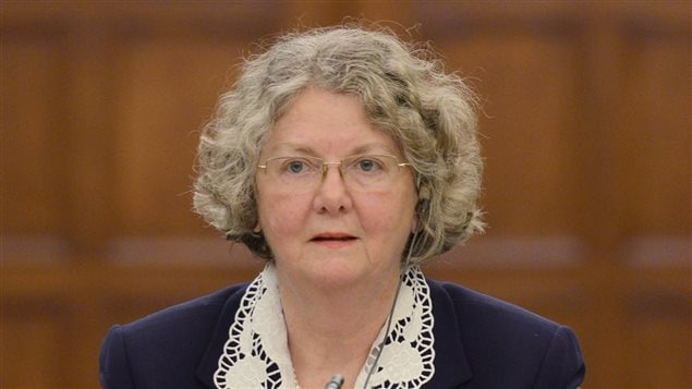 Ethics commissioner Mary Dawson must divulge whether she is asking the prime minister to renew her term of office, says Democracy Watch.