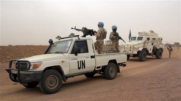 54/5000 Patrulla de las fuerzas de paz de la ONU en Kidal, Mali 23 de julio de 2015.