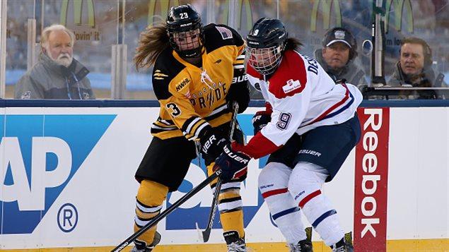 Kim Deschênes, le numéro 9 des Canadiennes de Montréal.