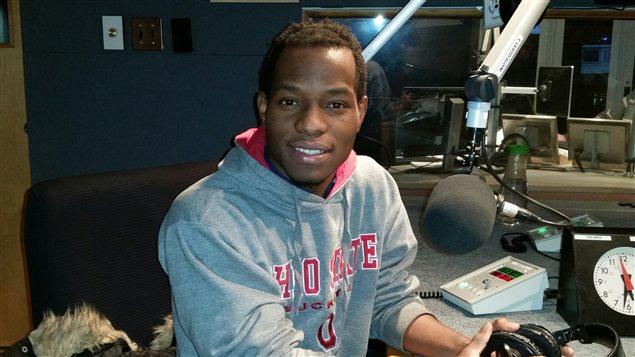 Erico Amoussou raconte un Noël togolais à l'émission radio L'actuel.