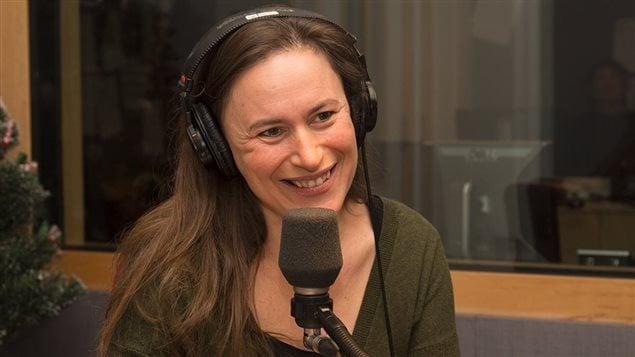 La journaliste et auteure Emmanuelle Walter
