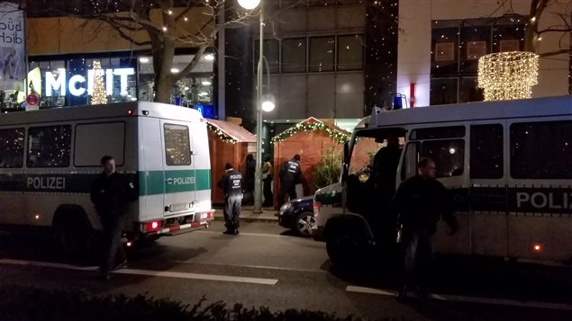 Des véhicule de la police berlinoise.