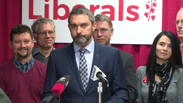 Le chef du Parti libéral du Yukon, Sandy Silver
