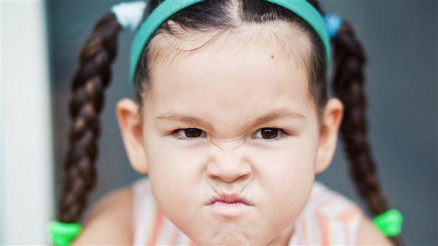 Petite fille en colère
