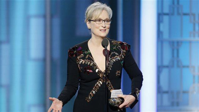 L'actrice Meryl Streep prononce un discours politisé lors de la réception du prix Cecil B. DeMille, à la cérémonie Golden Globes du 8 janvier 2017.