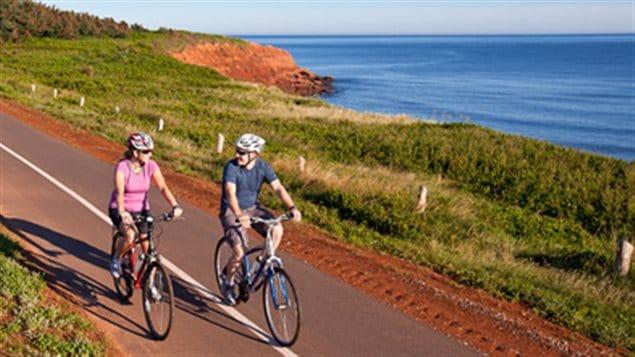 Las actividades físicas y deportivas tienen su espacio privilegiado en los parques nacionales.
