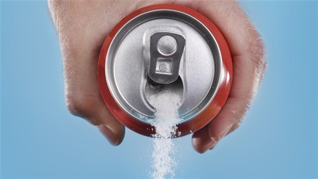 Aux olympiades de la consommation de sucre, les Canadiens se hisseraient en 10e place sur 80 pays quant à sa consommation de boissons sucrées en 2015