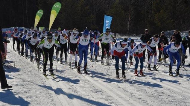 Skieurs au Boréal Loppet de Forestville, compétition de ski de fond et de FatBike