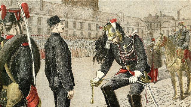 La dégradation d'Alfred Dreyfus illustrée dans l'édition du 13 janvier 1895 du Petit Journal